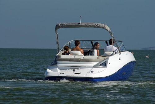 2011 Sea-Doo 230 Challenger Boat - Lifestyle (7).JPG