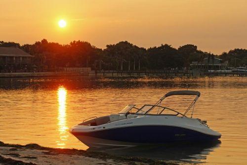2011 Sea-Doo 230 Challenger Boat - Lifestyle.JPG