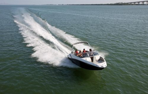 2011 Sea-Doo 210 Challenger Boat - Action (1).JPG