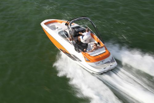2011 Sea-Doo 230 SP Boat - Action (3).JPG