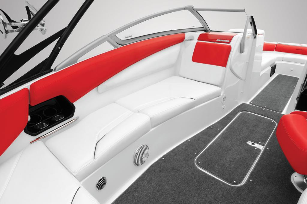 2011 Sea-Doo 230 WAKE Boat - Details Rear facing seat.jpg