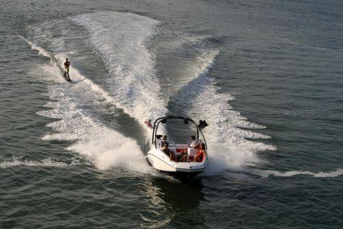 2011 Sea-Doo 230 WAKE Boat - Action (3).JPG
