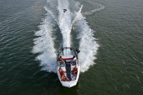 2011 Sea-Doo 230 WAKE Boat - Action (4).JPG