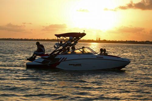 2012 Sea Doo 210 WAKE Boat   Lifestyle 6