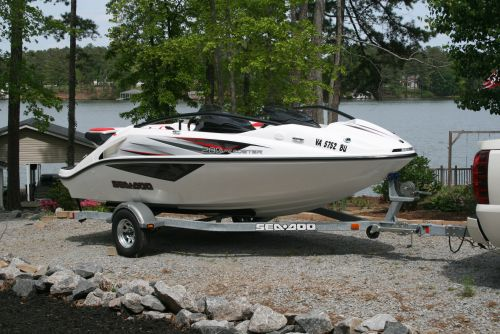 Speedster 200 Hydro-Turf Project